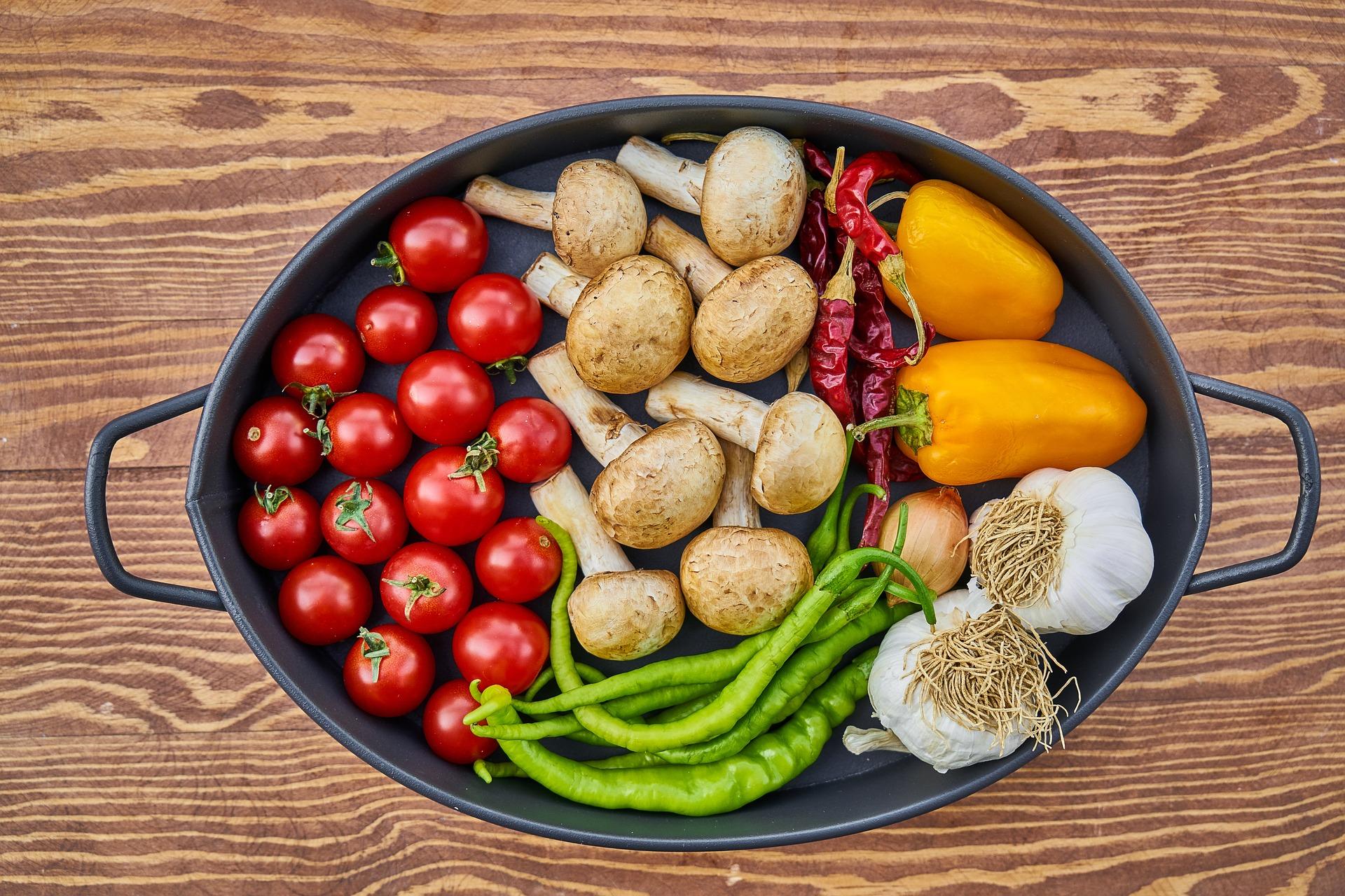Przetwarzane jedzenie – czym jest? Czemu go unikać?